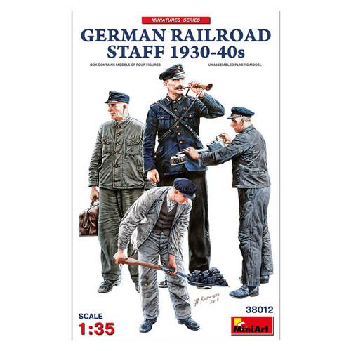 Модель Miniart Немецкий железнодорожный персонал 1930-40-х годов (MA38012)