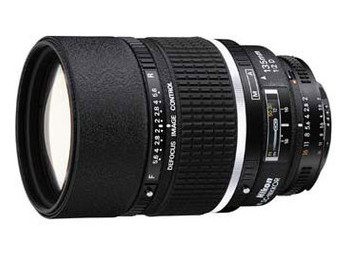 Объектив Nikon 135mm f/2D AF DC