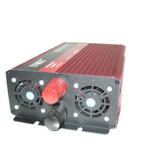 Автоинвертор Ukc 24В-220В AR 2500Вт c функции плавного пуска (77701096)